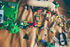 Guide to reducing toy clutter